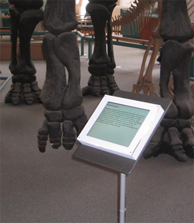 Example of a stand-mounted Live!Label in the National History Museum